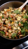 Warm potatoe salad with spinach, carrots, onions, butter beans.