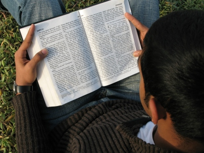 Reading-Bible-pd